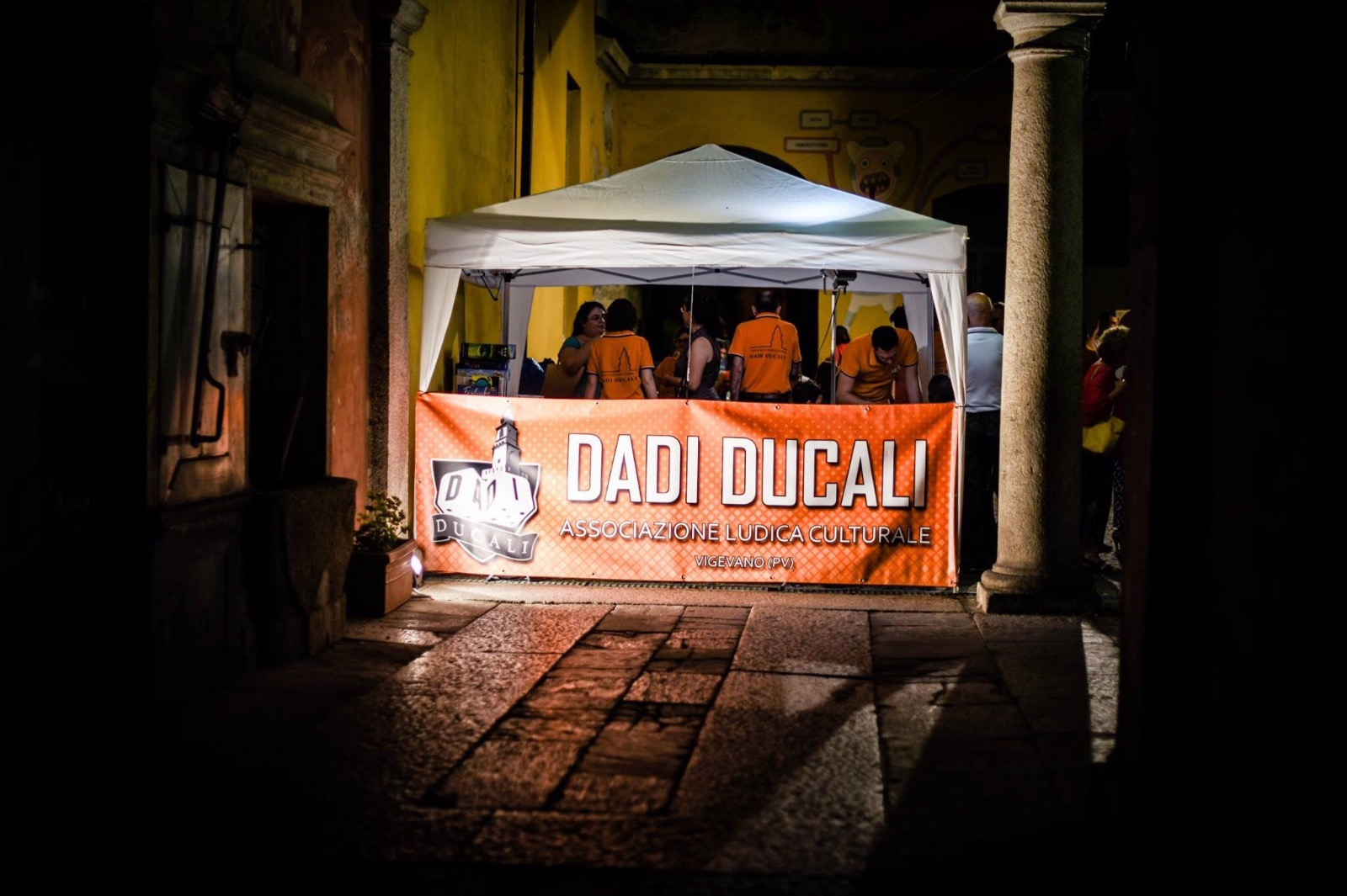 Gazebo di Dadi Ducali durante la notte bianca di Vigevano